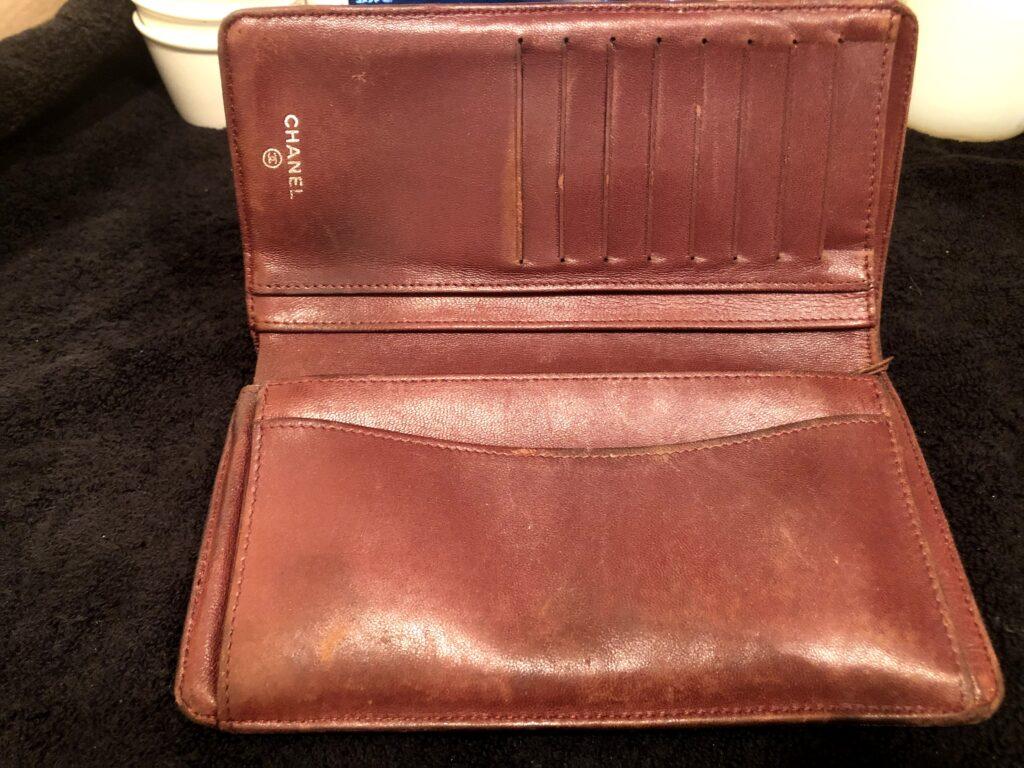 シャネルマトラッセ財布内側リペアビフォー